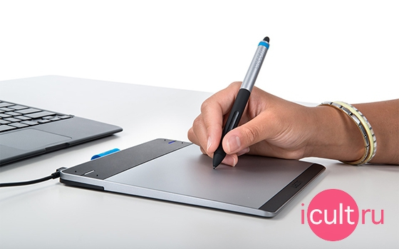 Intuos Pen & Touch Medium