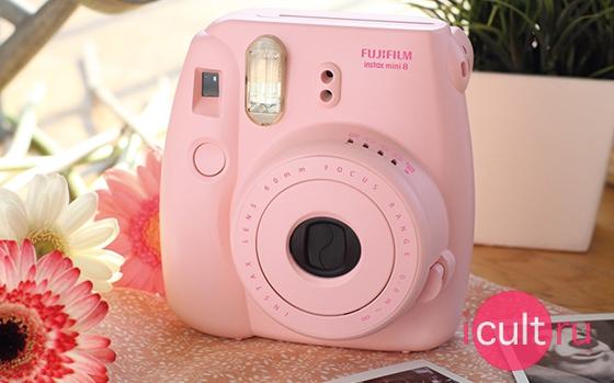 Купить онлайн Fujifilm Instax Mini 8