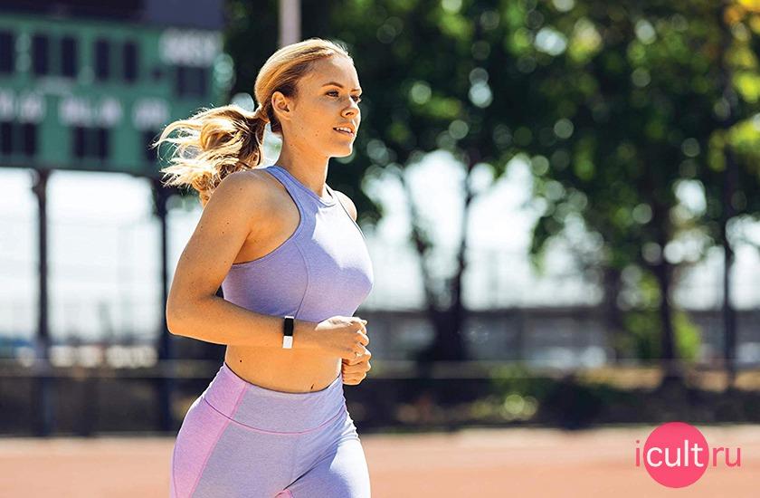 Fitbit Inspire HR фото