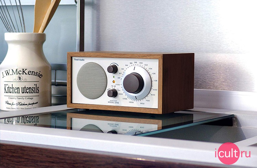 Tivoli Audio Model One Radio Walnut/Beige