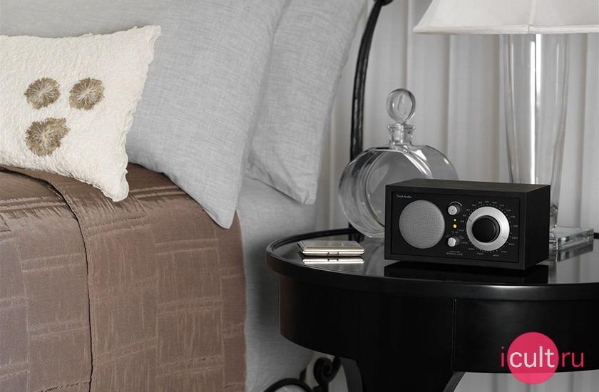 Tivoli Audio Model One Radio Black Ash/Black-Silver